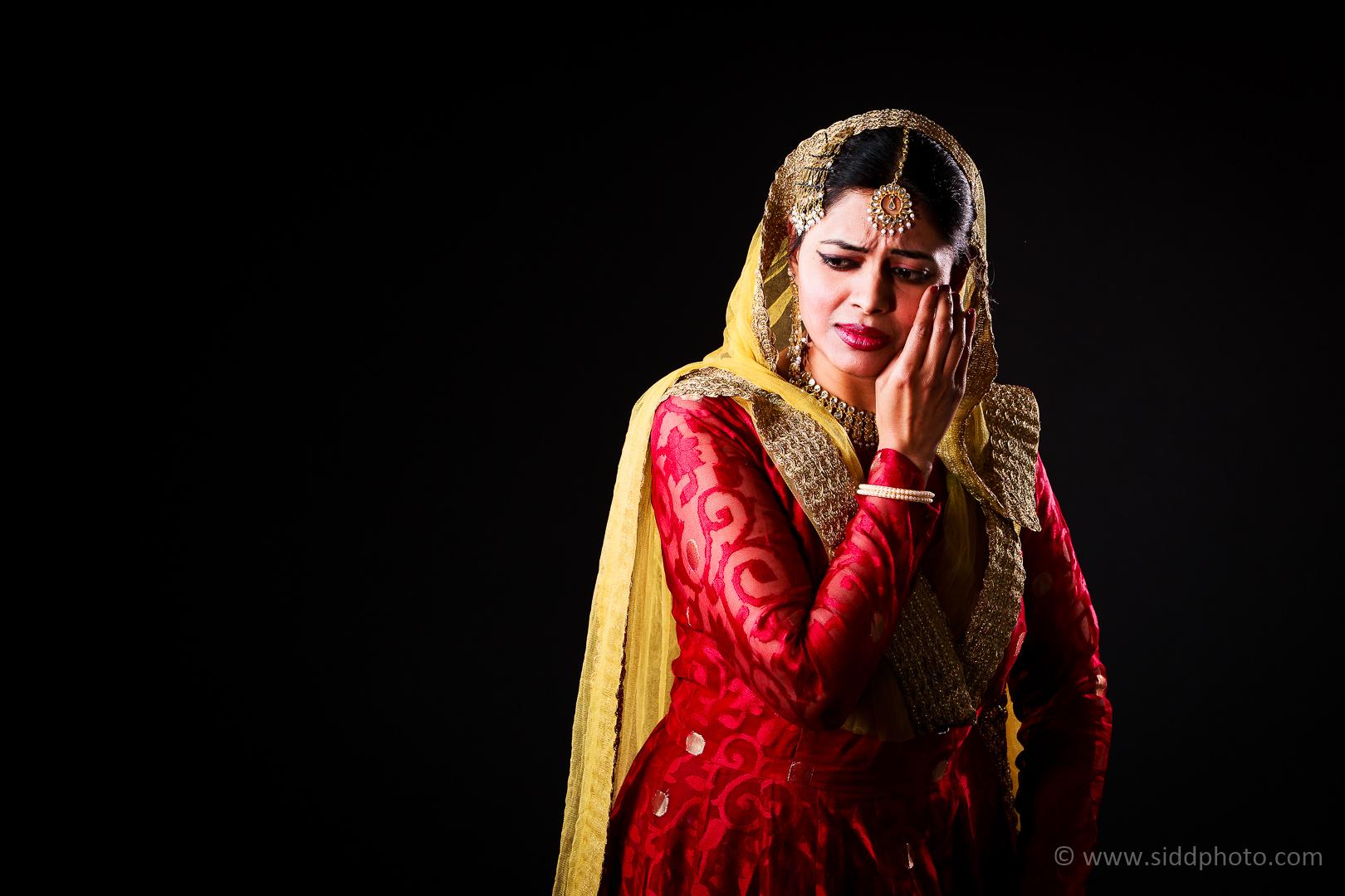 2012-04-21 - Antara Dutta Katthak Photoshoot - EO5C9919-13