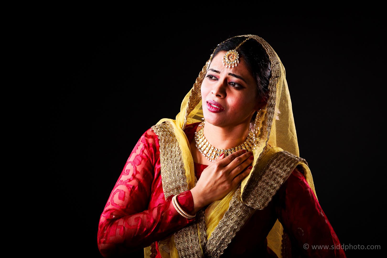 2012-04-21 - Antara Dutta Katthak Photoshoot - EO5C9924-14