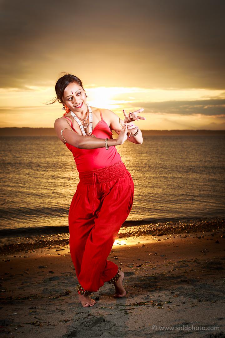 2012-09-24 - Shanthi's Photoshoot - _O5C0554-01