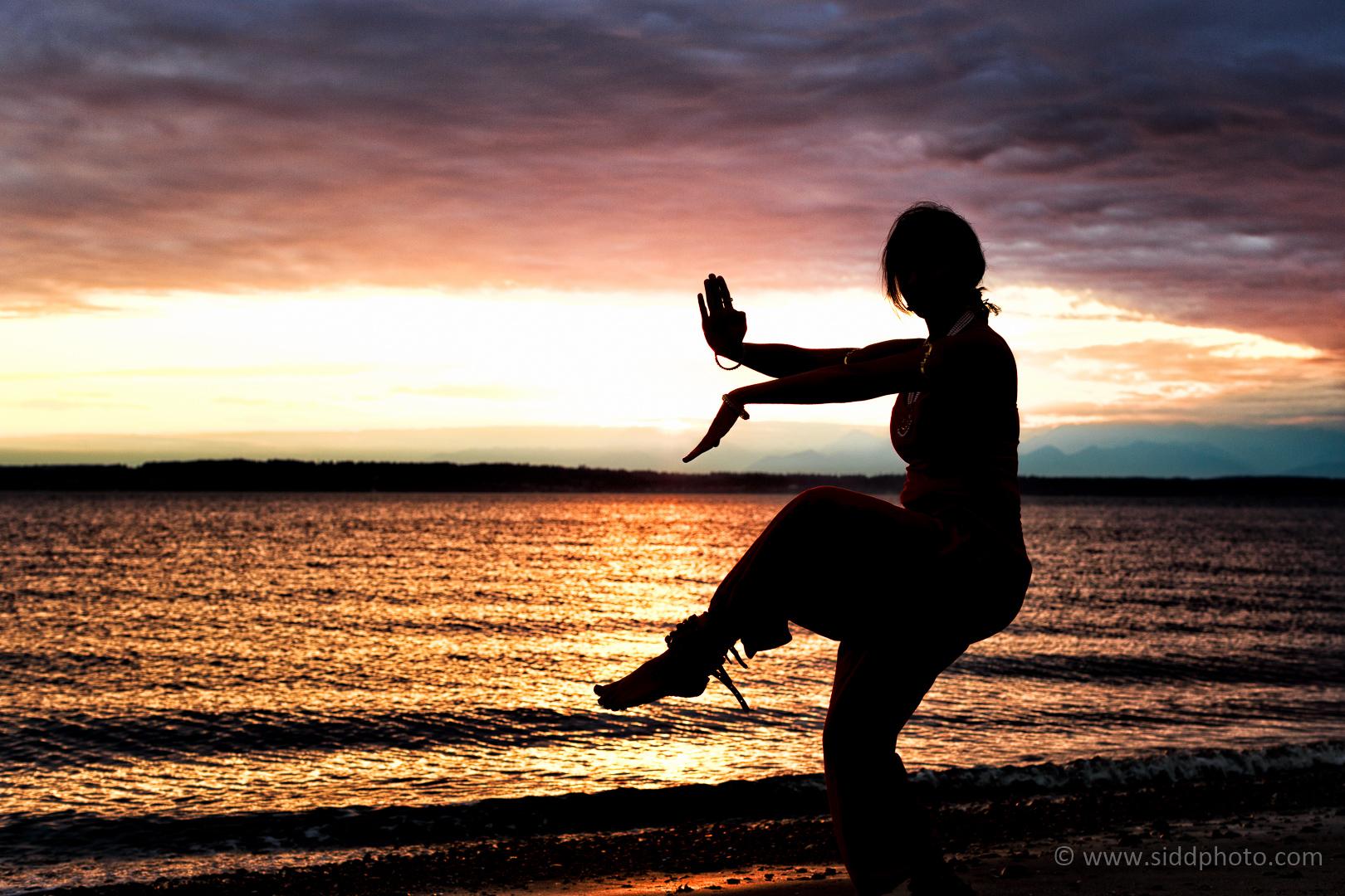 2012-09-24 - Shanthi's Photoshoot - _O5C0587-01