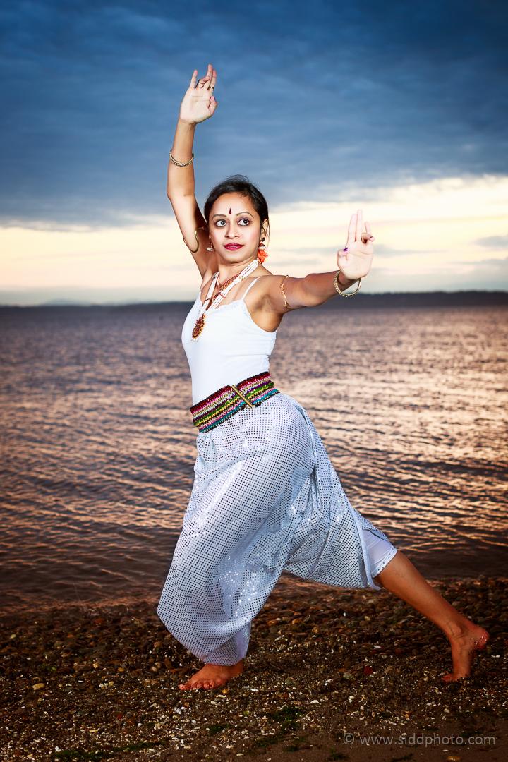2012-09-24 - Shanthi's Photoshoot - _O5C0622-01