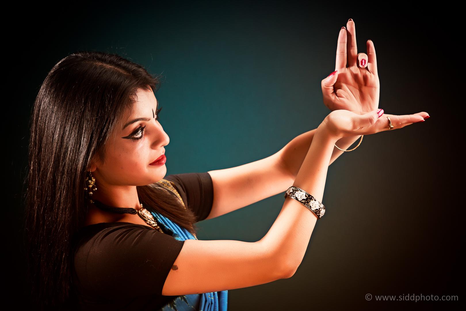 2012-09-28 - Anwesha's Photoshoot - _O5C8355-01