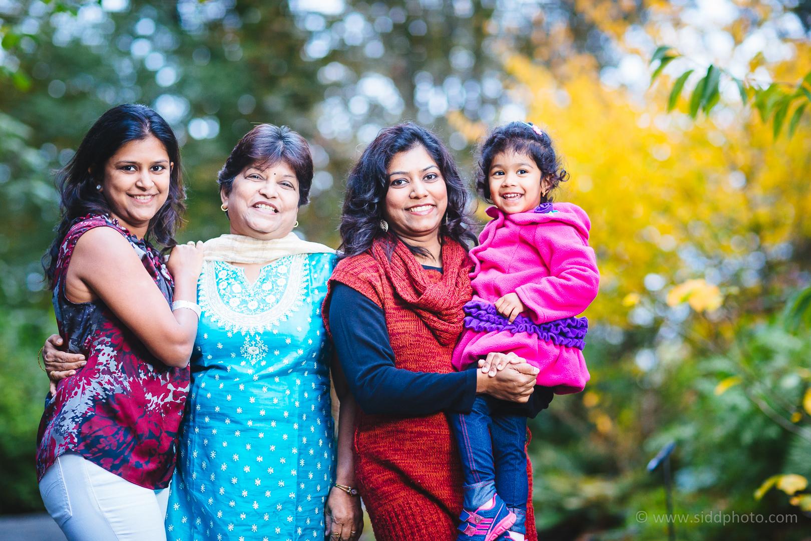 2014-10-24 - 2014-10-25 - Mugdha Aniruddha Family - _O5C7458