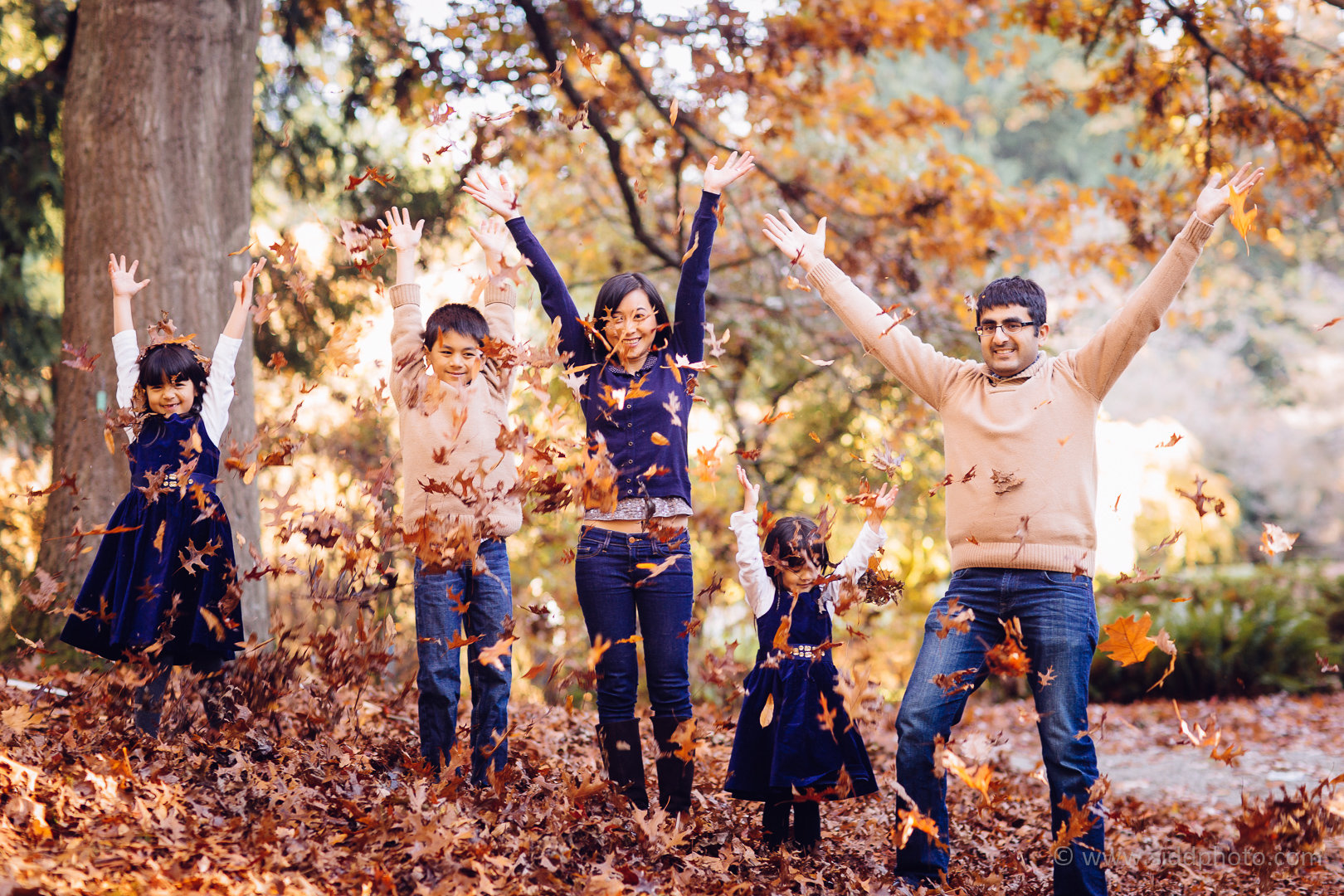 2014-11-16 - Linh Parag Family - _O5C8879-01