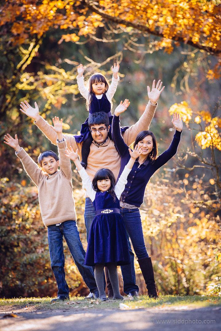 2014-11-16 - Linh Parag Family - _O5C9285