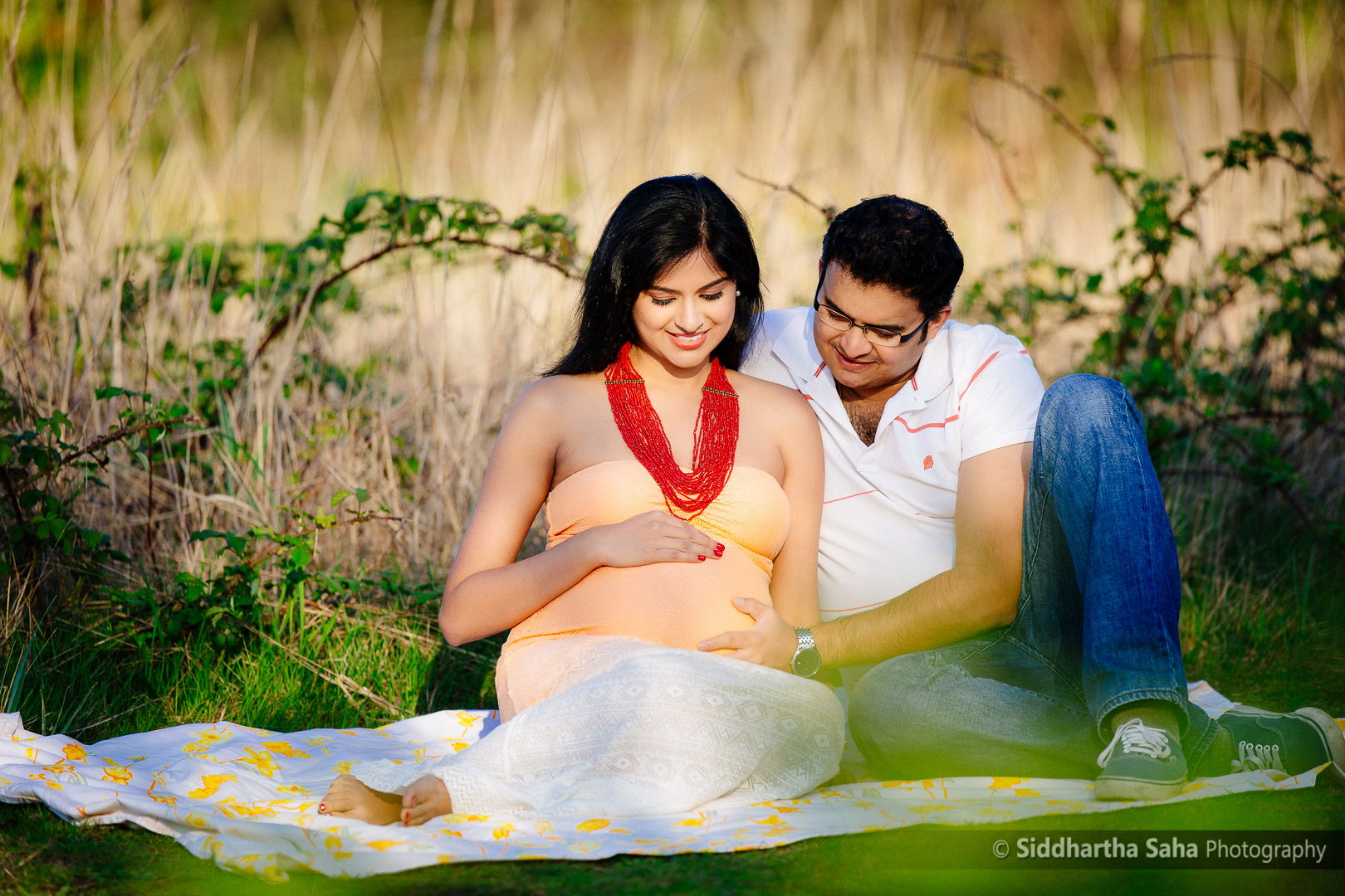 2015-04-04 - Vini Maternity Shoot - _O5C8349-01