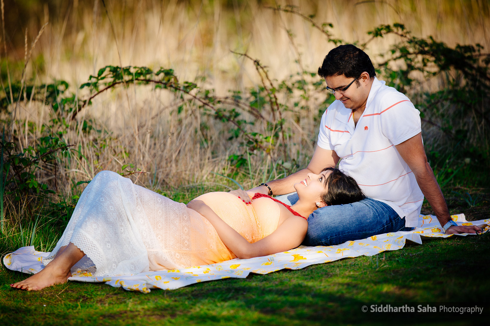2015-04-04 - Vini Maternity Shoot - _O5C8356-02