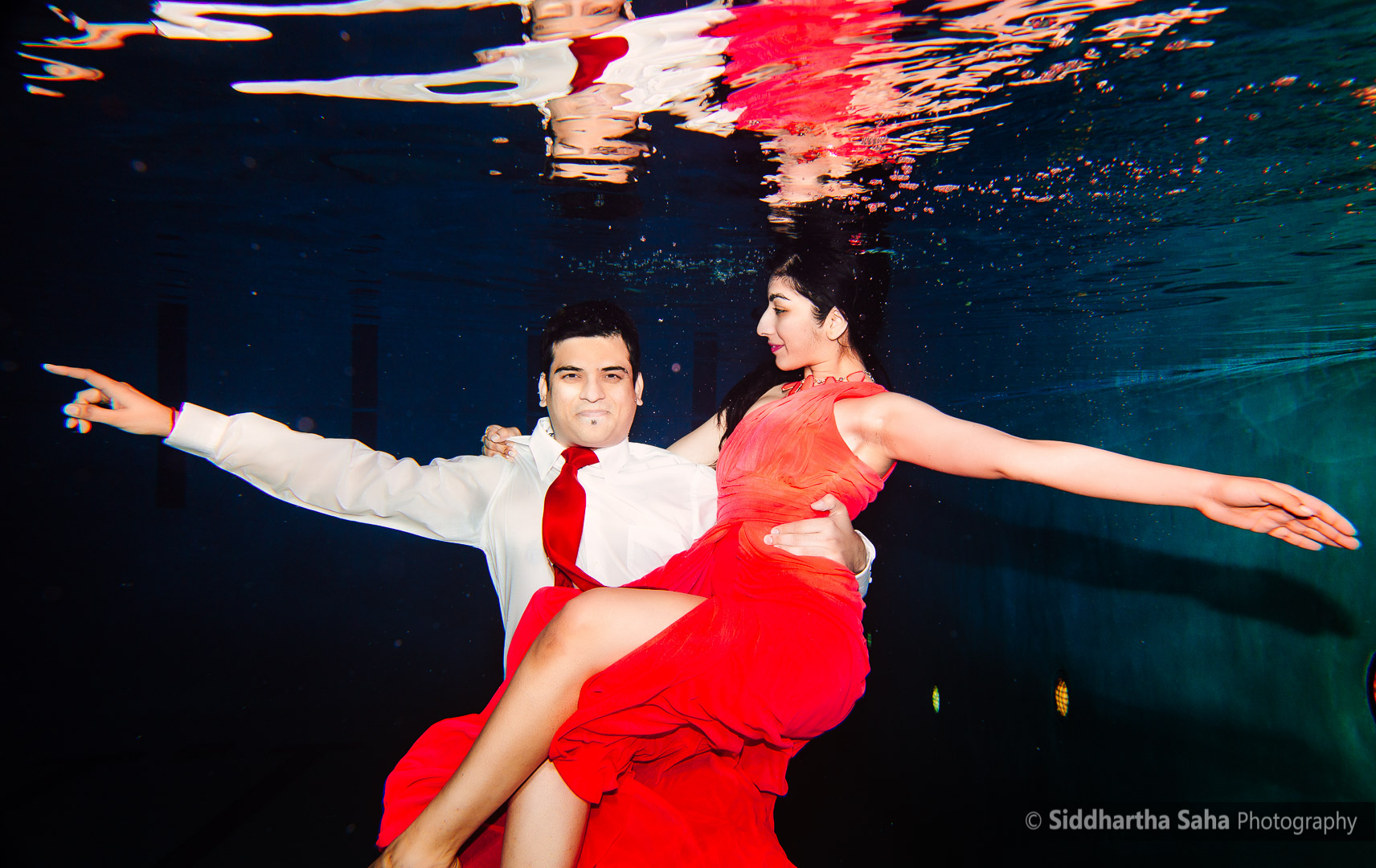 2015-04-12 - Saloni Vaibhav Underwater Shoot - _O5C4307-01
