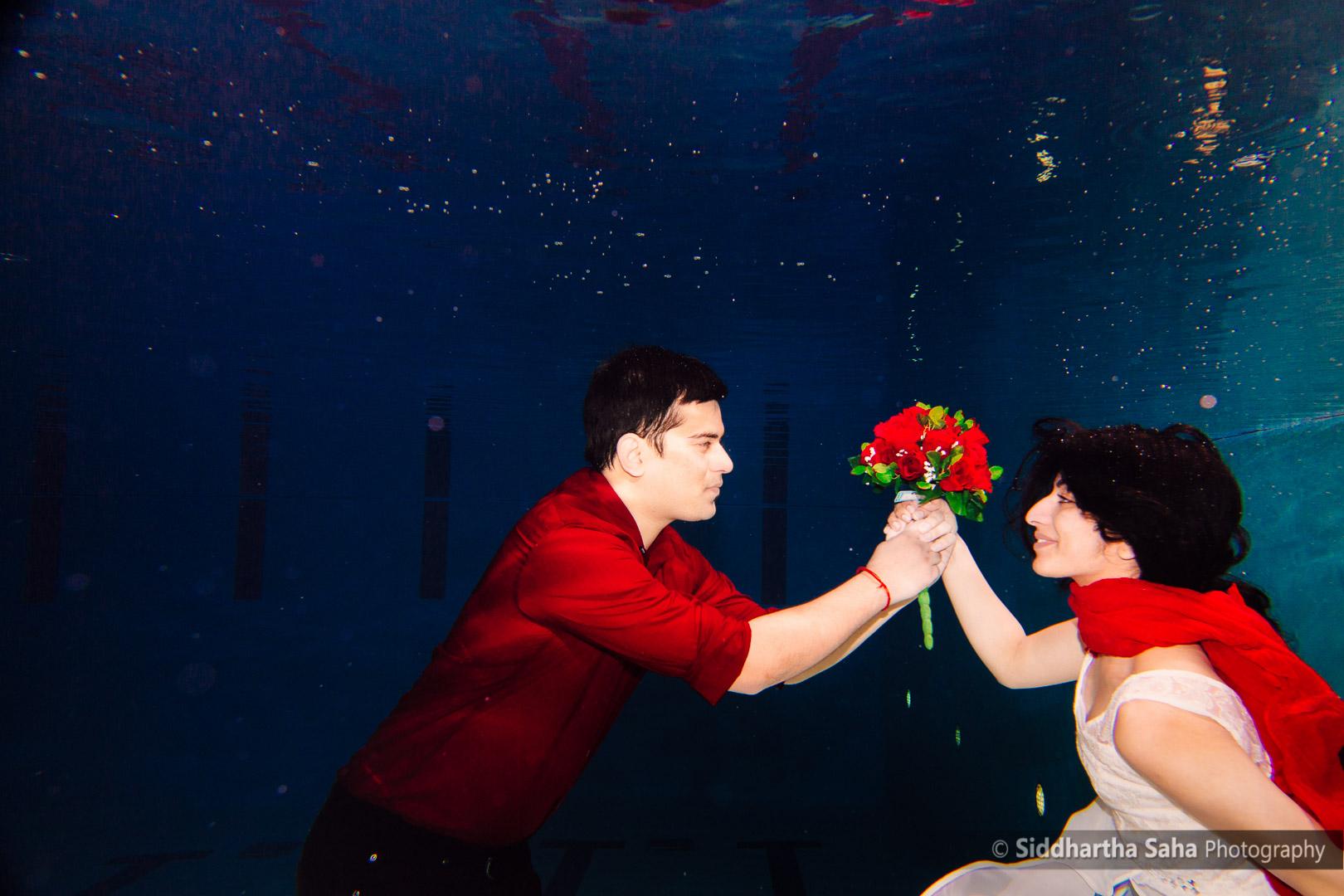 2015-04-12 - Saloni Vaibhav Underwater Shoot - _O5C4630-01