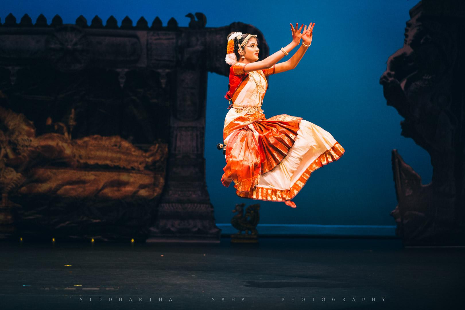 2015-07-25 - Kamaniya's Arangetram - _05Y5625